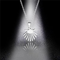 Factory Direct Fashion Titanium Steel Banana Leaf Pendant Necklace Wholesale Simple Stainless Steel Leaf Sweater Chain