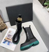 Bottes Femme Soldes Chaussures noeud hommes d'embrayage noir chaussures 2020 intrecciato mules sandali arco illusione pour lui dimensionner 36-40