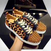 High Qaulity Red Bottom Sneakers Camo Rantus Shoes Junior Low-up Leopard Groin Suede Men's Shoes Shoes Flat Dress Dress Regalo di nozze
