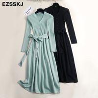 Herbst Winter V-Ausschnitt Maxi Pullover Kleid Frauen OL Weibliche lange Pullover Kleid mit Gürtel Elegante a-line Feste Slim Kleid T200911