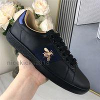 2021 الرجال النساء أحذية عارضة أحذية منخفضة أعلى إيطاليا Scarpe Ace Bee Stripes الأحذية المشي المدربين الرياضة Chaussures صب أوم