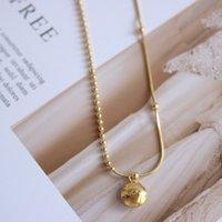 Hot Sale Goldene Bohne Kugelkette mit Schlangenknochenkette glückliche kleine Bohne einfache Claviclehalskette Titan Stahl vergoldet 18K reales Gold