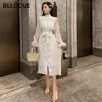 Bllocue 2020 Primavera Fashion Fashion Ruched Polka Dot Dress Donne Stand Collar Manica Lunga Single-Breasted Abito retrò elegante con cintura LJ200909