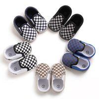 İlk Walkers Doğan Bebek Erkek Kız Beşik Pram Ayakkabı Prewalker Yumuşak Sole Terlik Eğitmenler Ekose Sığ Tuval Kaymaz Sneaker