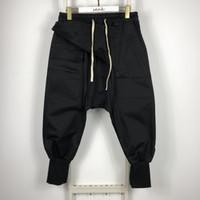 20sses Owen Seak Hommes Casual Harem Pantalons Gothic Hommes Vêtements Haute Street Sweatpants Automne Femmes Calf-Longueur Pant Lâche Pantalon Noir 201106