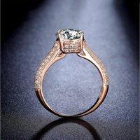 NEW Виктория Вику Роскошные ювелирные изделия 8ct Solitaire 11мм белый сапфир Сымитированный алмаз обручальное розовое золото Корона диапазона женщин Кольца подарка