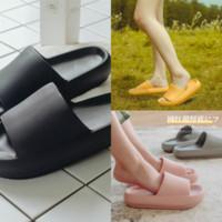JLNW Erkek ve Bayan Moda Siyah Marmont Deri Tanga Sandalet Yetişkinler Unisex Plaj Nedensel Terlik Snoopy Terlik Boyutu