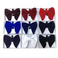 Baskı Erkekler Kurdele Moda High-End Takım Elbise Için Düğün Yaka Yay Bağları Kol Düğmeleri Cep Havalı 3 Parça Set