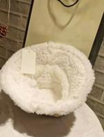 Heißer Verkauf Mode-Luxus Herbst Winter Fischer Hut Brief Druck Hohe Qualität Buck Womens Casual Classic Hot Style Warme Eimer Cap
