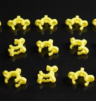 CLIP DHER VERRE DOWN DOWN ADAPTATEUR DE TUYAU DE TUIRE 14MM 19mm Plastique Clips Keck Utilisé pour Nectar Collecteur Verre BONG Différents clips de tuyaux d'eau de couleur