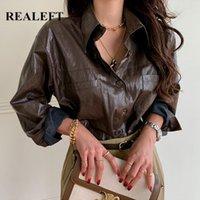 REALEFT 2020 Nouvelle Automne Hiver Vintage PU femmes Faux cuir Chemisier solides manches longues Tops élégantes desserrées Chemises Bureau Lady