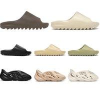 nuovo Kanye Beach pantofole scivolo per uomini donne bambini Bone Triple nera fuliggine Nucleo Deserto di sabbia marrone chiaro terra marrone resina Ararat mens sandali all'aperto