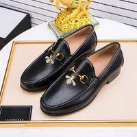 Black Khaki Wingtip Designers Men Oxford Zapato de alta calidad Cuero de becerro Hecho a mano FFICE FFICE FORMITAL Mocasines de negocios Vestir zapatos de boda