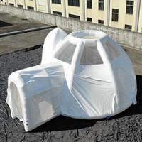 O edifício de acampamento branco do hotel da barraca inflável da bolha da abóbada da abóbada com estrutura de tubo hermética para a mostra ou sala comercial