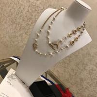 У марок бренда дизайн жемчужный ожерелье свитер цепи для женщин свадебные свадебные платья вечеринки влюбленные подарок роскошные украшения для невесты с коробкой
