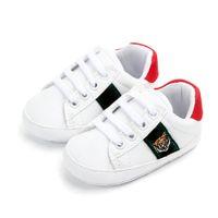 Chaussures bébé pour filles Soft Shoe Printemps Baby Girl Sneakers Sneakers Blanc Nouveau-né Chaussures Premier Walker
