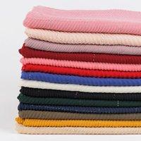 Nuevo estilo de algodón plisado y ropa decorativa de lino para damas, Malasia Hijab, bufanda monocromática engarzada.