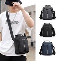Bolso para hombres Impermeable Nylon Oxford Paño Hombro Mensajero Bolso Vertical Casual Handbag Mobile Phone1