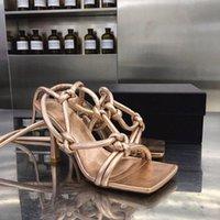 Moda sandali donne di lusso di marca Infradito in pelle sandali con il cinturino 2020 nuovi pattini di vestito da sposa estate tacchi alti donna