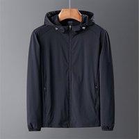 2020 새로운 봄 여름 남성 패션 스포츠 훈련 정장 얇은 자켓 두건 캐주얼 스포츠 코트 LJ201013