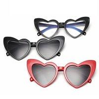Mode Women Coeur Lunettes de soleil Coeur Retro Cat Eye Hip Hop Cadre Cadre Cadre Eyewear Mignon Love Shape Lady Travel Beach Eyeglasses TTA1174-14