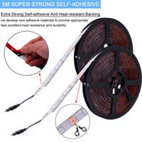 Hot Selling Plastic 150-LED 12V-5050 RGB IR44 Lichtstrip Set met IR-afstandsbediening (witte lampplaat) Gratis levering