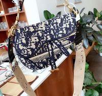 Saco feminino Classic Alta qualidade com saco de suspensão inclinado. Letras bordadas novas e elegantes, tecnologia de costura, elegante e exquisi