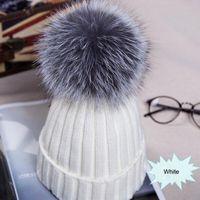 새로운 패션 여성 여성 따뜻한 겨울 비니 대형 가짜 모피 폼은 폼은 장식 모자 니트 스키 모자 블랙 블루 화이트 핑크