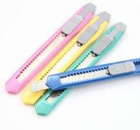 2021 Günstigste Mini Utility Messer Büroschule Student Paper Cutter Candy Colors Multifunktionspaket Express Messer DIY