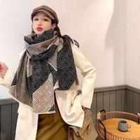 De lujo de todo diseñador del estilo del cabo estilo étnico extra grueso otoño e invierno bufanda caliente femenina desierto cálida manta de viaje de cachemira