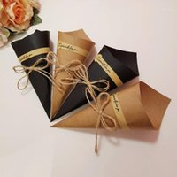 ギフトパッケージ、ブラックペーパーのための50ピースのDIYブーケクラフト紙の手作りの花のギフトボックスの折りたたみカード