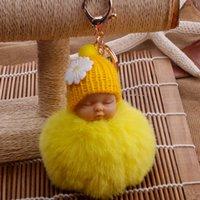 잠자는 인형 키 체인 Pompom 가짜 모피 공 자동차 열쇠 고리 아기 장난감 체인 여성 키 홀더 가방 펜던트 쥬얼리