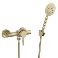 Tuqiu Bathroom Chuveiro Torneira Conjunto de parede escovado de chuveiro de ouro escovado, banheiro frio e hot banho e chuveiro mixer torneiras de latão t200710
