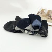 Yaz moda erkek ve kadın katı rengin çorap pamuk rahat gençliğin çorap spor çorap multicolo harmanlanmış tasarım