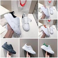 Sapatos de desenhista Mulheres de Tribunal de Tribunal de Oversized Calfskin Plataforma Lace-Up Tlatform Treingers Runner Sapatos Casuais Sapatos de festa vestido com caixa