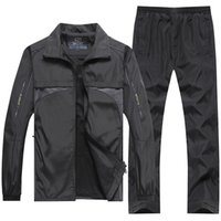 Yihuahoo Brand Tracksuit Hommes 4XL 5XL Veste + Pantalon 2pcs Two Piece Vêtements Set Casual Sweat-shirt Support Sport Sport Sport Hommes XH47 T200628