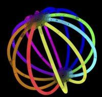 Sticks Glow Sticks Suministros de fiesta a granel - Resplandor en el paquete de fiesta divertido oscuro con 8 brillantes y conectores para pulseras y collares para JLLLOZFB