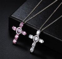 Hip Hop Vintage Jewelry Cross Colgante 18k Oro blanco Llenado Oval Cut Sapphire CZ Diamond Christian Jesús Mujeres Boda Clavícula Collar 73 L2