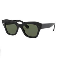 Mode Femmes Lunettes de soleil Mens Sun Lunettes Conduite de lunettes de soleil Femmes Design Lunettes de vue avec étui en cuir et emballage de détail