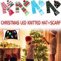 크리스마스 LED 빛 모자 스카프는 성인 겨울 니트 모자 Scravies 만화 트리 크리스마스 니트 비니 스카프 세트 축제 파티 모자 LSK1585을 설정합니다