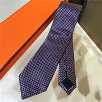 2021 Männer Krawatte Herren Hals Krawatten Luxurys Designer Business Tie Mode Lässig Krawatte Krawatte Krawatte Corbata Cravatta