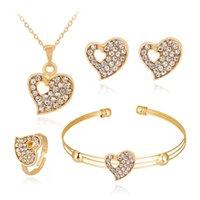 Collier de diamant en forme de cœur creux Boucles d'oreilles Ensembles de bijoux Cristal Belle couleur Gold Color Ensembles de bijoux pour Femme Femmes Party Bijoux