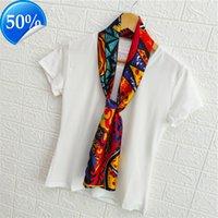 Pequeña seda femenina primavera y otoño versión coreana versátil delgado tira estrecha tira de pelo temperamento de pelo bufanda cuadrada con traje Z7Q8