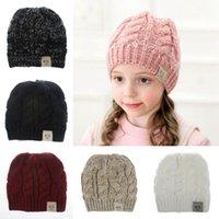 Enfants Ponytail Bonnet 8 couleurs MOK Lettre d'hiver bonnets Filles Acrylique Laine Skull Caps Outdoor Chapeaux OOA7252