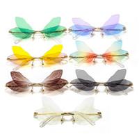 Nueva llegada especial de la libélula Diseño gafas de sol sin montura originalidad de la manera hombres y de mujeres hermosas gafas con lentes muy realistas Alas