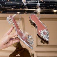 Meefaini New Transparente Sandálias Verão Moda Jelly Strass Sapatos Mulheres Apontados Sapatos Lotos Y200405