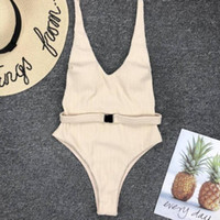 2020 La mujer de una pieza de baño traje color sólido del bikini con cinturón de trajes de baño de la playa sin respaldo