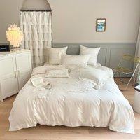 Fiori bianchi Copripiumino ricamato ricamato Set regina King 4pcs Egiziano cotone Elegante Biancheria da letto francese Set di lenzuola Set di lenzuola Legge