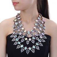 Chokers 5 Farben Kristallblume Halsketten Vintage Choker Kragen Lätzchen Anweisung Frauen Hochzeitsfest Schmuck Zubehör Geschenke1