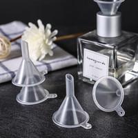 Mini transparente de plástico pequeños embudos de perfume botella de aceite esencial vacío relleno de líquido embudos de cocina barra americana herramienta HHA1619